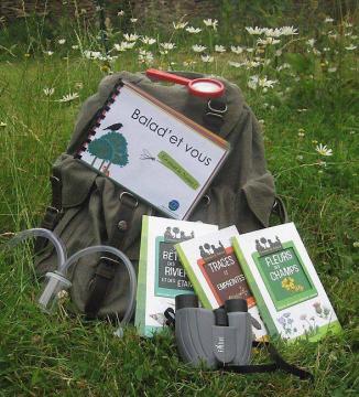 un sac à dos pour découvrir et comprendre le milieu naturel